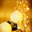 Xmas still-life with candles and christmas balls — Stock Photo