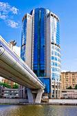 Bridge Bagration and business skyscraper — Stock Photo