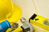 строительные инструменты на деревянных досках — Стоковое фото