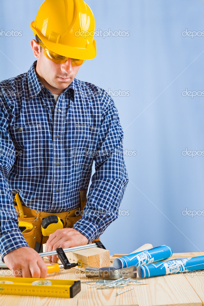 Copyspace carpenter in work — Stock Photo #11681757