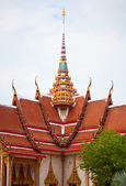 Facade of Buddhist temple. Thailand, wat Chalong. — Stock Photo
