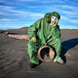 Man in the area of ​​environmental disaster — Stock Photo
