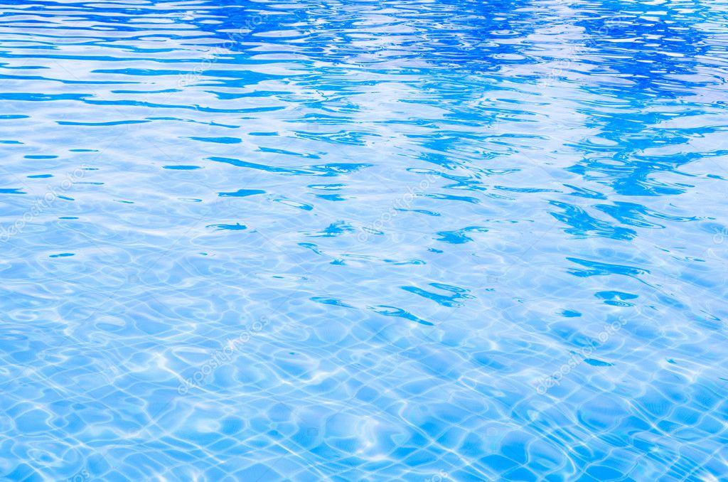 Gua da piscina fotografia de stock 12171192 for Cubas de agua para piscina