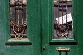 Eski kapı ve mektup — Stok fotoğraf