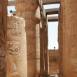 Columned hall in karnak temple — Stock Photo