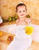 Child bathing in bubble bath . — Stockfoto