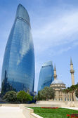 Tradition and modernity. Architecture of Baku — Stock Photo
