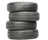 四个汽车轮子冬季轮胎被隔绝的堆栈 — 图库照片
