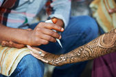 Henna hand decoration tatoo — Stock Photo