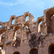 Demolished ancient walls and arches of ruins in Tunisian Amphitheatre in El Djem, Tunisia — Stock Photo