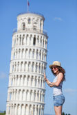 Young Girl with Leaning Tower of Pisa — Stock Photo