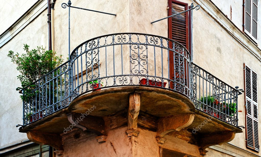 Балкон - стоковое фото ggkuna #11502078.