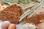 Zelfgemaakte traditionele brood — Stockfoto