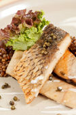 Carp with green lentil — Stock Photo