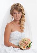 Studio portrait of beautiful bride — Stock Photo