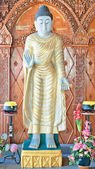 Standbeeld in boeddhistische tempel — Foto de Stock