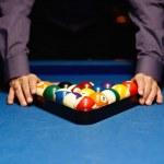 ������, ������: Hands on billiard balls