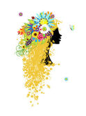 Woman head with floral hairstyle for your design — Stock Vector