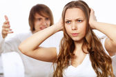 Jeune couple en conflit — Photo