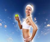 Spor yaparken bir genç kadının portresi — Stok fotoğraf