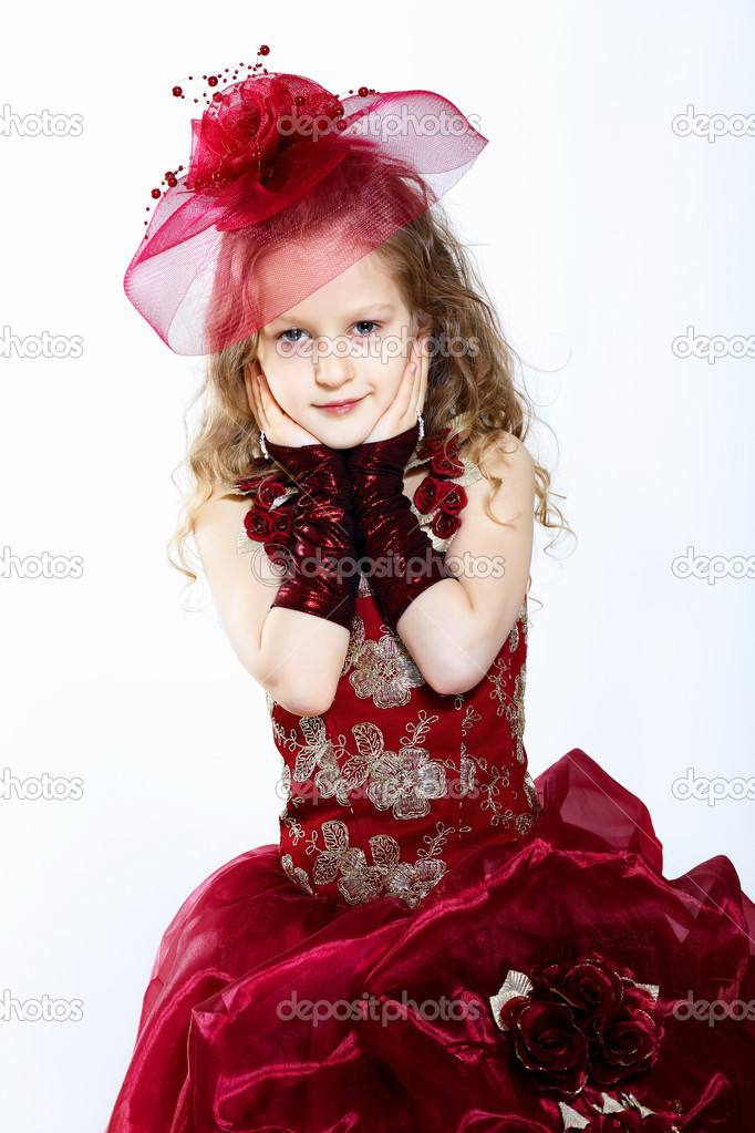 Portrait of a little girl in beautiful dress — Stock Photo #11357366