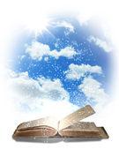 Magic book — Zdjęcie stockowe