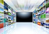 Een flat screen-televisie — Stockfoto