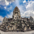Prasat Bayon. The ruins of Angkor Thom Temple in Cambodia — Stock Photo
