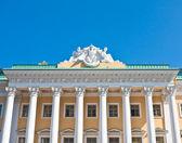 фасад дома санкт-петербург, россия — Стоковое фото