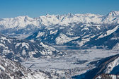 Ski resort and the mountains of Zell am See, Austrian Alps at wi — Stock Photo
