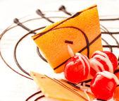 Cherry cheesecake macro — Stock Photo
