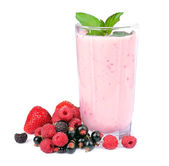 Fresh fruits and smoothies — Stockfoto