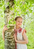 伝統的な服の女の子 — ストック写真