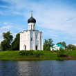 Church of the Intercession on River Nerl — Stock Photo #12488319