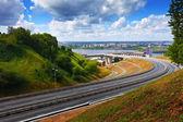 Metra most przez rzekę oka — Zdjęcie stockowe