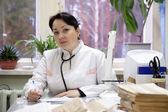 Läkare på kliniken interiör — Stockfoto