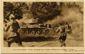 Brotherhood armor, infantry goes in the Polish attack under cover of Soviet tanks — Stock Photo