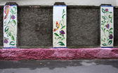 Flores pintadas en la pared — Foto de Stock