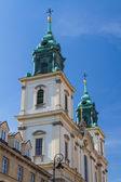 Heilig-kreuz-kirche (kosciol swietego krzyza), warschau, polen — Stockfoto