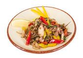 Nouilles asiatiques épicés de fruits de mer — Photo