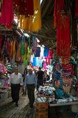 Mercato orientale nella vecchia città di akko, israele — Foto Stock