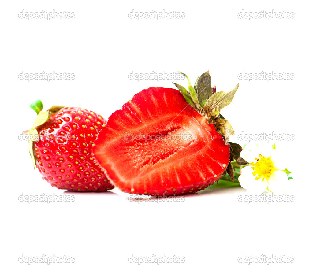 Strawberry berry with green leaf and flower isolated on white background — Stock Photo #11556413
