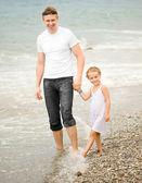 Padre felice e la sua piccola figlia — Foto Stock