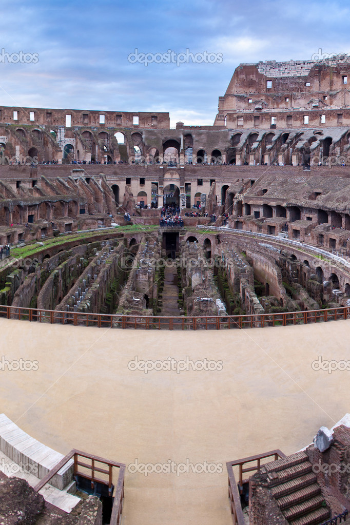 The Iconic, the legendary Coliseum of Rome, Italy — Stock Photo #11978152