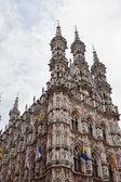 Prefeitura gótica em leuven, Bélgica. — Fotografia Stock