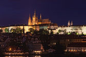 Prague, night view of the Prague Hail and cathedral of St. Vit — Stock Photo