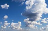 Cumulus clouds in sky — Stock Photo
