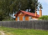 Houten landhuis — Stockfoto