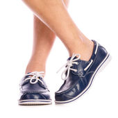 Blaue lederschuhe deck — Stockfoto