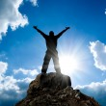 Man on top of mountain. — Stock Photo